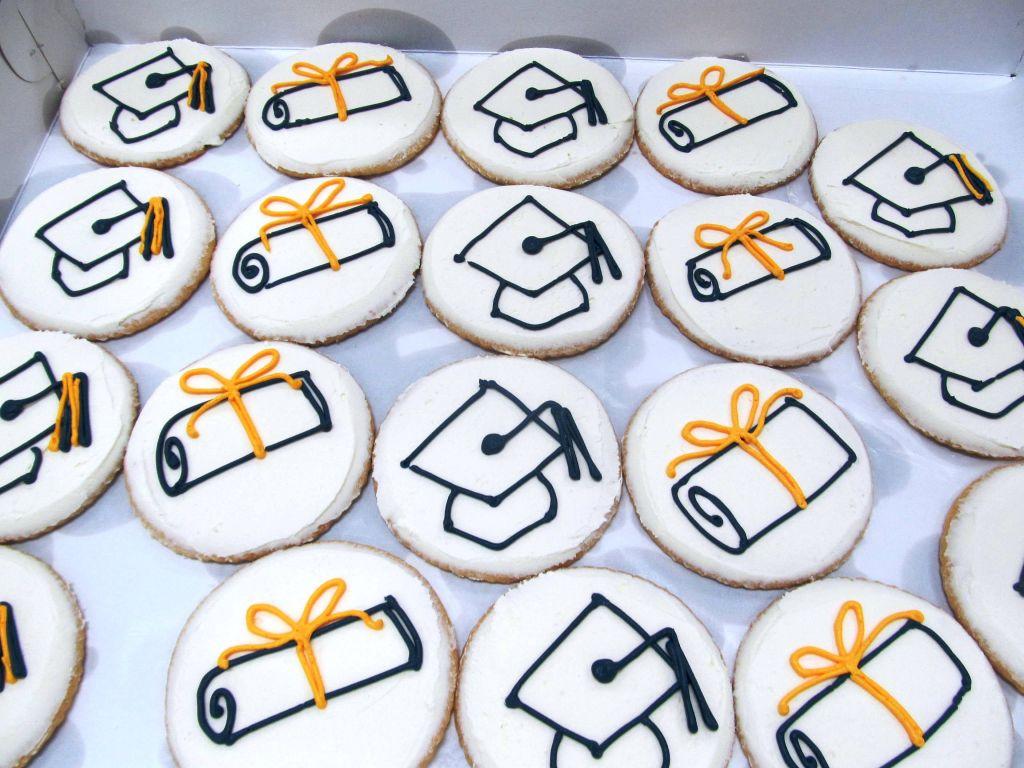 Graduation Cakes   Bert\'s Bakery