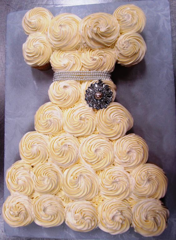 Bridal Shower Cakes   Bert\'s Bakery