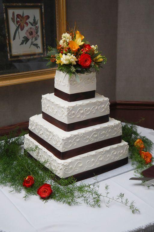 Wedding Cakes Kalamazoo Mi